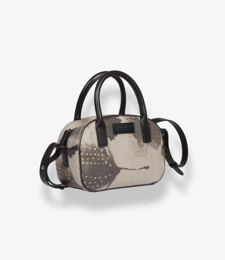 Margaux Piume 2 Shop 1040x1200 - La Zona Trieste