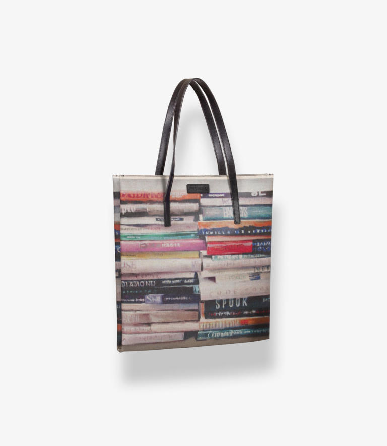 Sveva Books 2 Shop 1040x1200 1 - La Zona Trieste